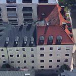 Bauen im Bestand: Sanierung und Erweiterung eines Wohnhauses in der Adlzreiterstraße, München. Luftbild