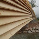 Statik für die Fußgängerbrücke aus Holz und Stahl über die Mühlberger Ache. Seitliche Ansicht der Holzkonstruktion
